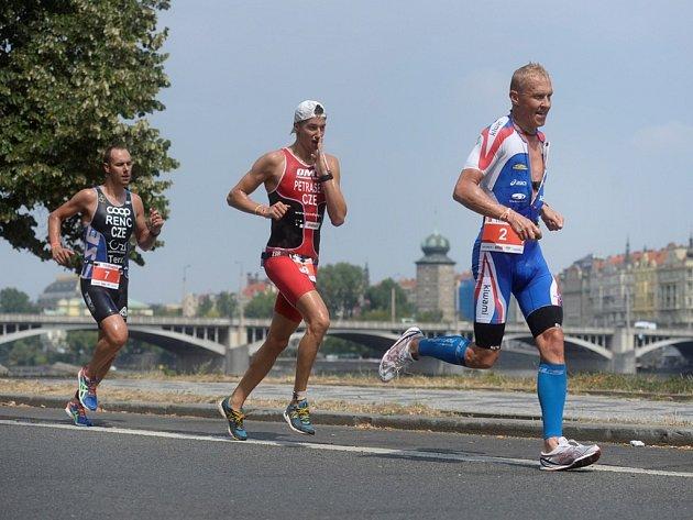 Triatlonový závod s názvem TRIPrague.
