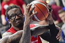 Hvězdný pivot basketbalového Hapoelu Jeruzalém Amar'e Stoudemire.
