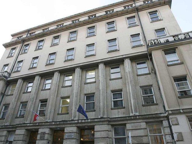 Ministerstvo práce a sociálních věcí v ulici Na poříčním právu 1 v Praze.