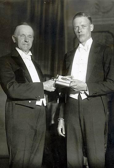 Slavného letce rád přijal i 30. americký prezident Calvin Coolidge, jenž stál v čele USA od roku 1923 do roku 1929
