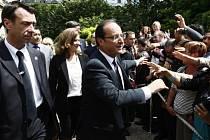 Hollande poprvé předsedal oslavám státního svátku Francie