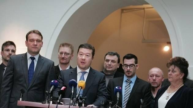 Členové poslaneckého klubu Úsvitu přímé demokracie.