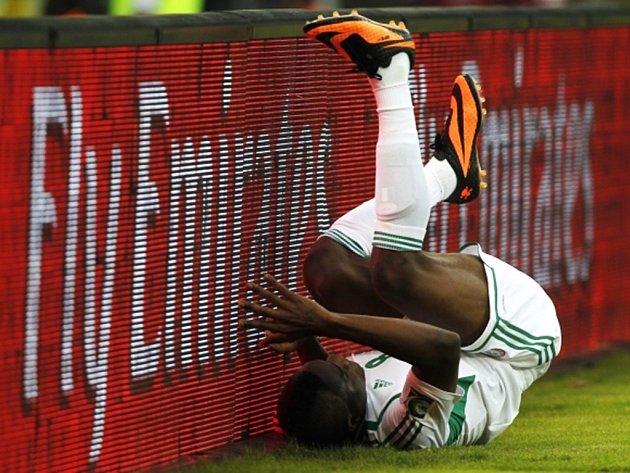 Brown Ideye z Nigérie v krkolomné situaci.