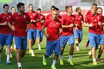 Fotbalisté Mladé Boleslavi na tréninku před zápasem s Lyonem.