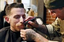 Akce Movember. Čas, kdy si muži nechávají knírek. Ilustrační foto.