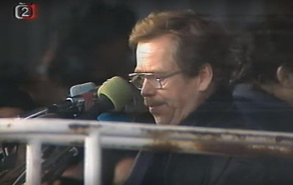 Václav Havel na Letné 25. listopadu 1989