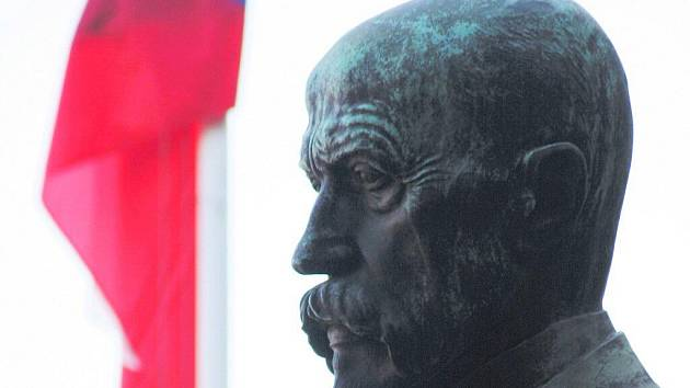 Socha prvního prezidenta samostatného Československa Tomáše Garrigua Masaryka.