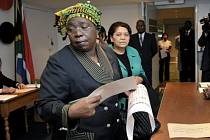 Nkosazana Dlaminiová-Zumová.