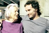 Americký novinář a spisovatel Peter Theo Curtis, který byl v neděli 26. srpna propuštěn ze syrského zajetí.