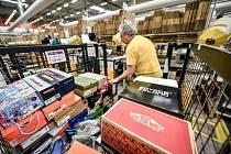 Pracovníci společnosti Amazon