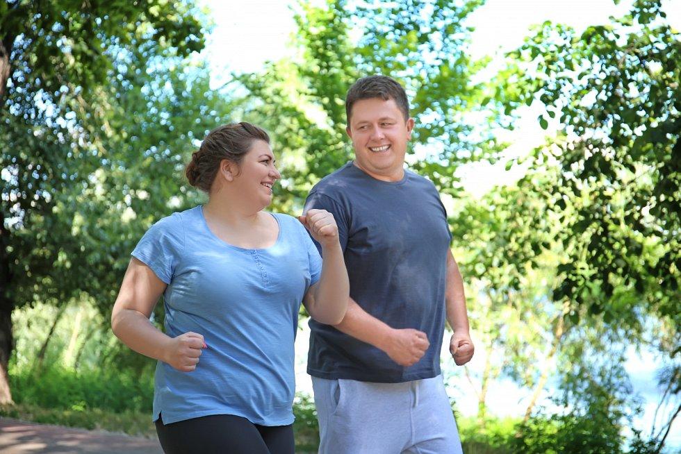 I když cvičíte, sportujete a jíte zdravě, poslední kila z plánovaného zhubnutí se ztrácejí pomaleji a hůře