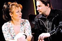 V SERIÁLU I NA JEVIŠTI. Herci Barbora Munzarová a Martin Trnavský se spolu nově setkávají i v divadle.