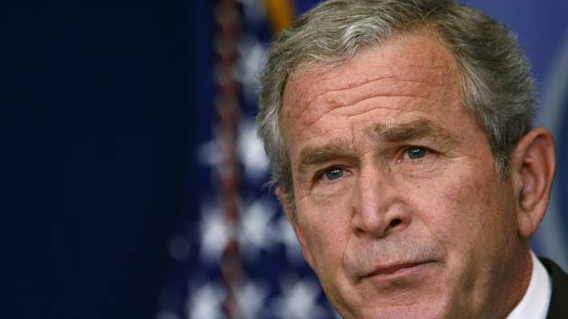 Americký prezident George Bush byl zarytým odpůrcem pevného data odchodu vojáků  USA z Iráku. Nyní názor mění.