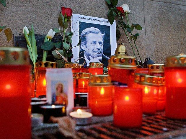 Vzpomínka na zesnulého exprezidenta, spisovatele a dramatika Václava Havla.