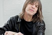 Slavný jazzový kytarista Mike Stern zahraje v Ústí.