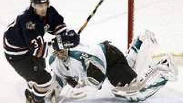 Edmonton - San Jose: Peca a Toskala