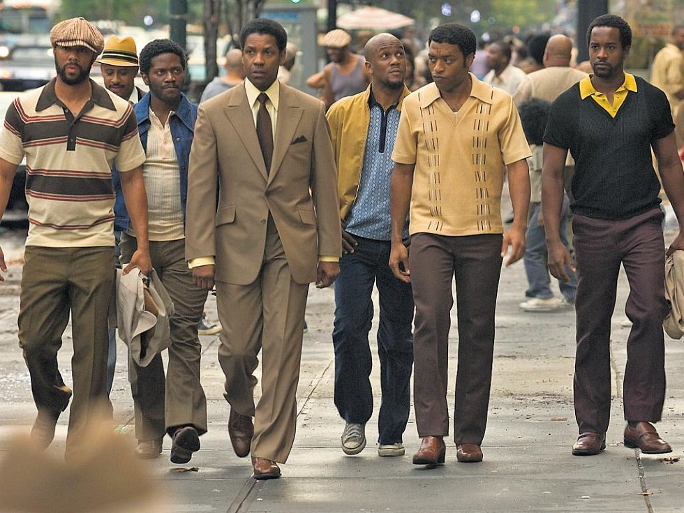 Kriminální epopej Americký gangster míří v čele s Denzelem Washingtonem k filmovým cenám.