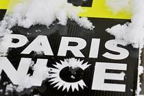 Třetí etapu závodu Paříž-Nice cyklisté kvůli sněhu nedojeli.