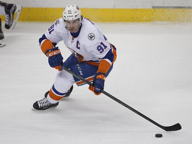 John Tavares z NY Islanders.