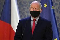 Ministr zdravotnictví Roman Prymula (za ANO)