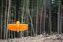Plzeň zapojila do boje proti kůrovci drony. Bezpilotní letouny vyvinuté městskou správou informačních technologií dokážou lesníkům pomoci při včasném odhalení škůdce