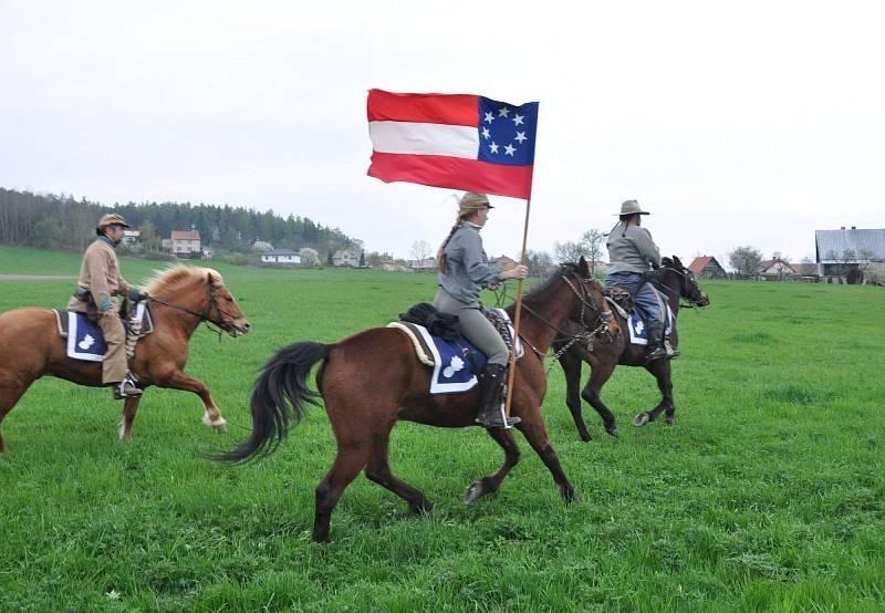 Historické akce jsou v Česku dlouhodobě populární, zvlášť tehdy, pokud znázorňují dění, jehož se aspoň někteří Češi skutečně účastnili