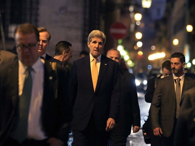 Americký ministr zahraničí John Kerry v Římě.