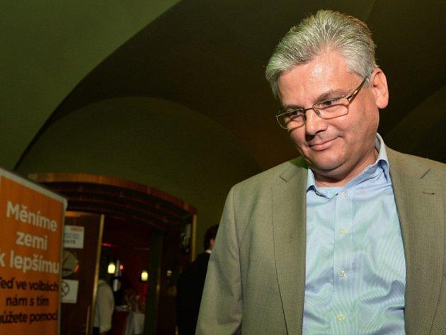 Lídr ČSSD a ředitel motolské nemocnice Miloslav Ludvík.