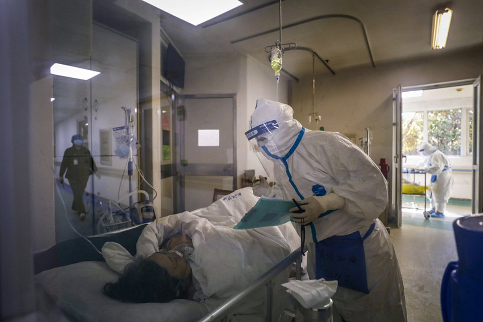 Pacient v nemocnici ve Wu-chanu