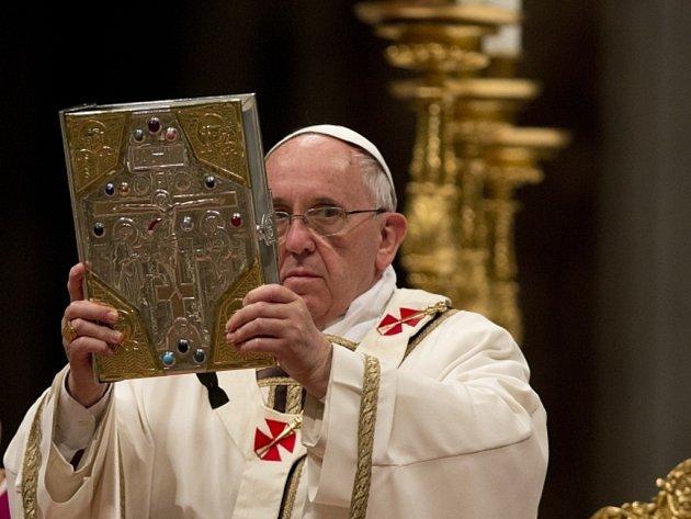 Papez o homosexualite