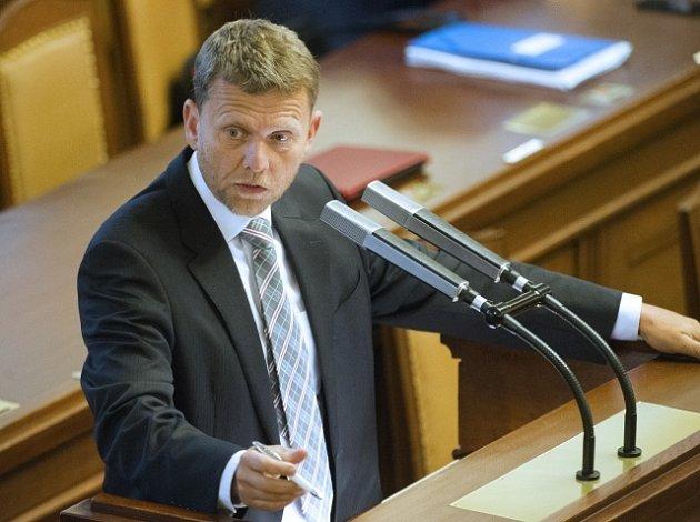 Poslanec Michal Doktor při jednání Poslanecké sněmovny, 17. 7. 2013