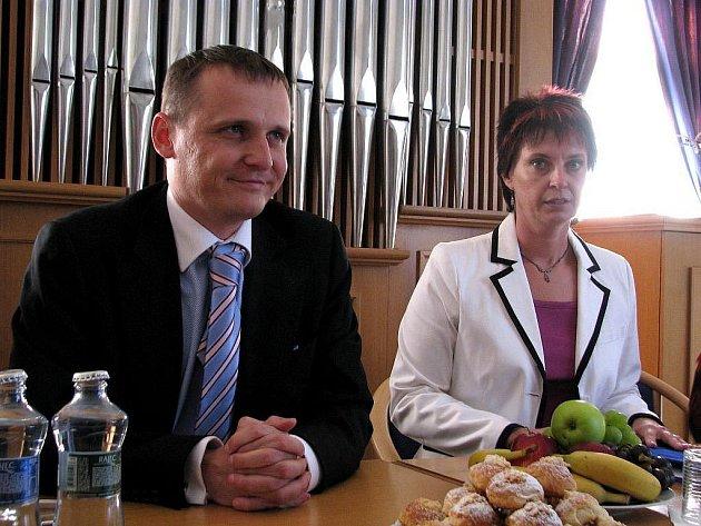 Železniční stavby, které měly skončit, budou pokračovat. V rozpočtu stavebního fondu se našly peníze. Finance půjdou hlavně do Moravskoslezského kraje.