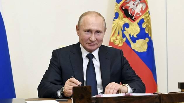 Ruský prezident Vladimir Putin na snímku z 1. června 2020.