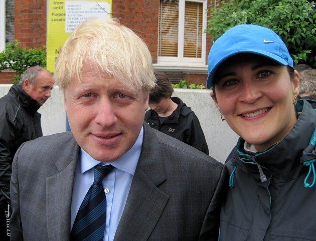 Autorka článku sBorisem Johnsonem - starostou Londýna - vroce 2012. 'Kdo by tehdy tušil, že se takhle rozjede…'