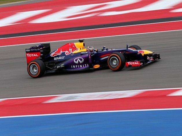 Sebastian Vettel v kvalifikaci na Velkou cenu USA.