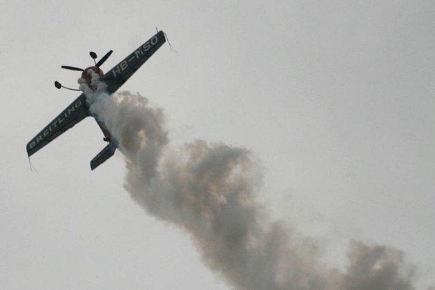Letecký den v Hradci Králové se konal u příležitosti zakončení mistrovství Evropy v letecké akrobacii.