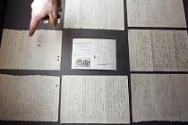 Originál dopisu, který Jan Palach zanechal na místě svého upálení