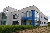 Nové vzdělávací a výcvikové středisko vysočinských záchranářů. Moderní budova je kousek od nemocnice v Jihlavě.