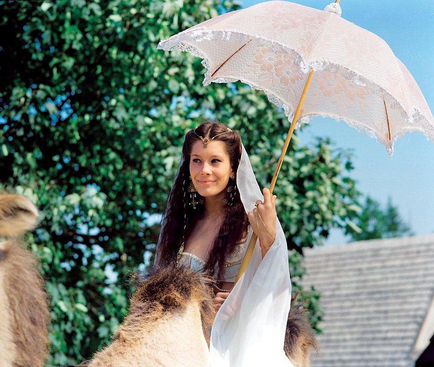 Barbora Seidlová v pohádce Lotrando a Zubejda (1996)