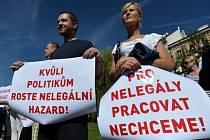 Happening proti regulaci loterií v ČR se konal 17. září v Praze.