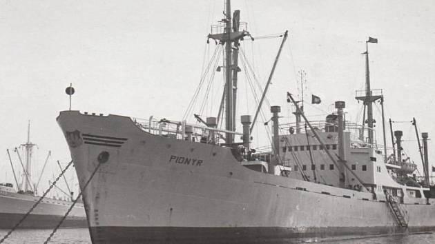 Československá námořní loď Pionýr