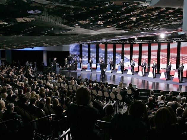 Debata republikánských kandidátů na prezidentský úřad.