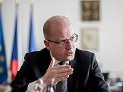 Premiér Bohuslav Sobotka během rozhovoru Deníku.