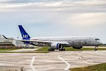 Airbus A350-900 v barvách SAS.
