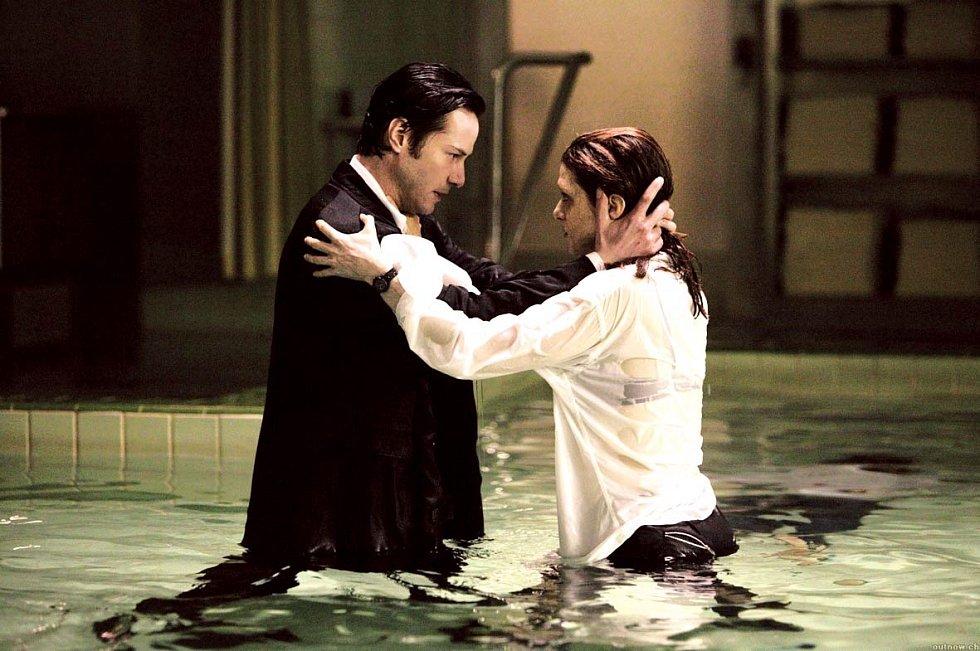 V adaptaci komiksové série Hellblazer si ve snímku Constantine zahrál vymítače démonů, jenž se spojí se skeptickou policistkou (Rachel Weisz) a s její pomocí se pustí do boje s peklem.