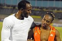 Sprinteři Usain Bolt (vlevo) a Yohan Blake.