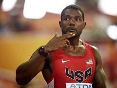 Sprinter Justin Gatlin v rozběhu na 100 metrů na MS.