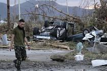 Nejsilnější světový tajfun pustoší Filipíny.