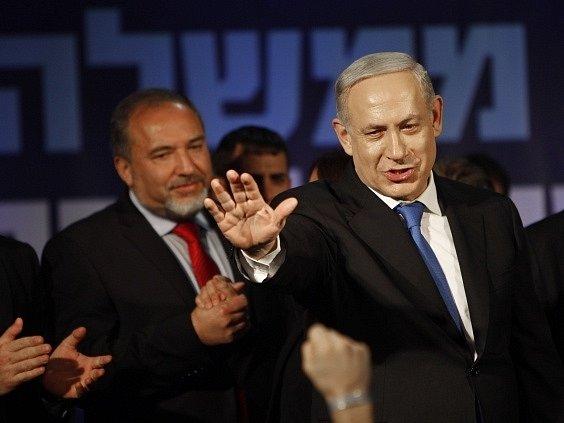 Benjamin Netanjahu oslavuje vítězství ve volbách