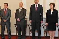 Kandidáti na nové ústavní soudce (zprava): Milada Tomková, Vladimír Sládeček, Jan Filip a Jaroslav Fenyk
